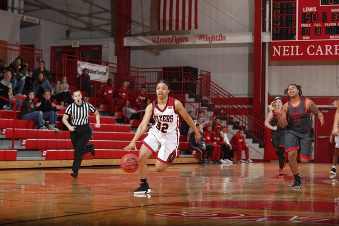 sixth ranked lewis women s basketball defeats northern michigan for